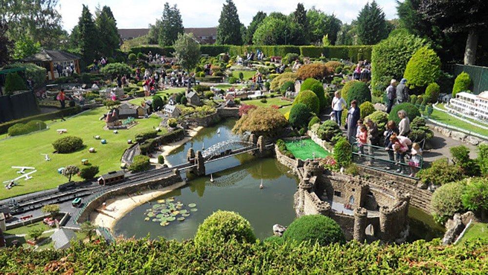 Pierwszy publiczny park miniatur