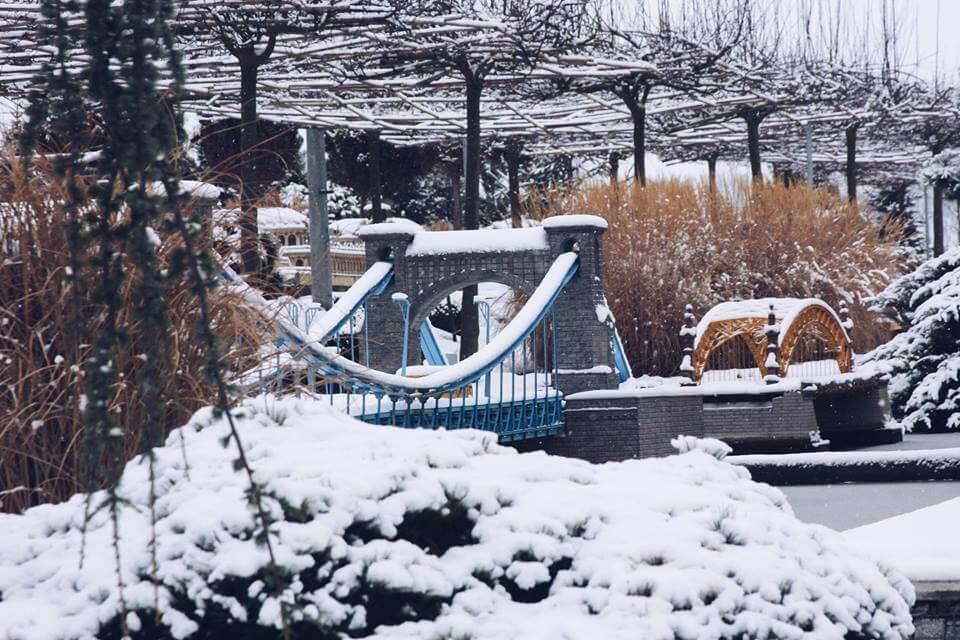 zima w minieurolandzie most grunwaldzki